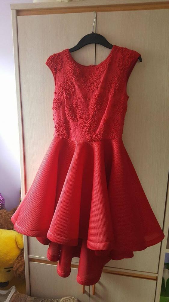 f05ec40092 Suknie i sukienki Czerwona rozkloszowana sukienka z koronką rozmiarM