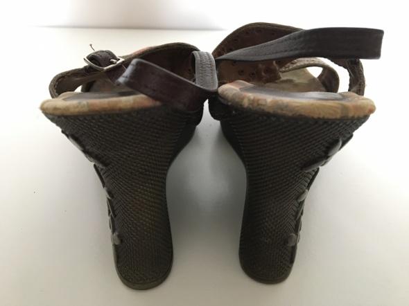 CCC Clara Barson 37 sandałki na koturnie 10cm...