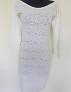 koronkowa ołówkowa sukienka