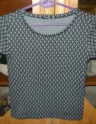NOWA krótka bluzka we wzory SINSAY