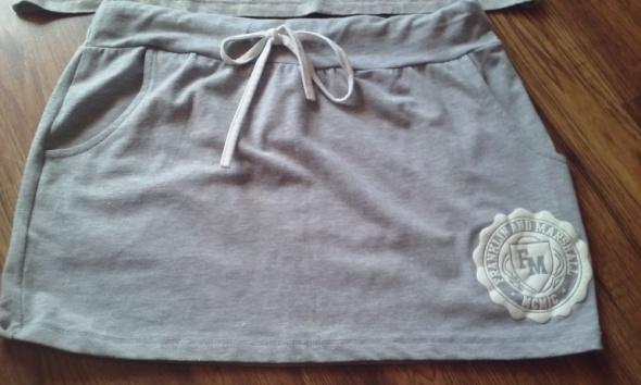 Spódnice Szary kpl spódniczka i bluzka M