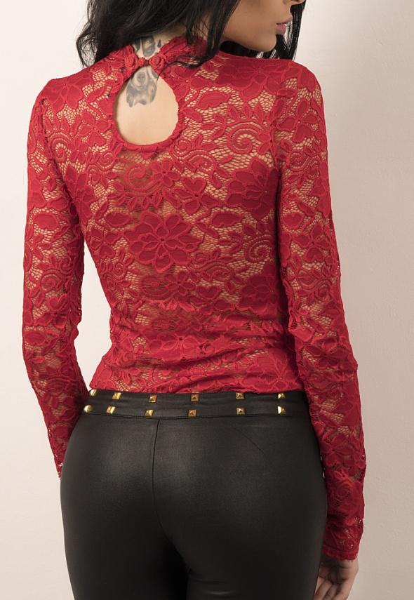 Seksowna koronkowa bluzka z elastycznej koronki