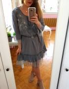 Niebieska szara sukienka tunika boho hafty falbanki L 40