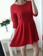 Sukienka czerwona rozkloszowana plisy L