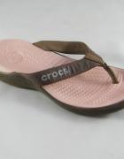 Crocs r 39