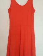 Stradivarius czerwona rozkloszowana sukienka rozm S...