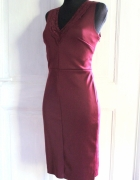 Bordowa dopasowana sukienka koronki r M