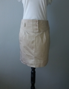 Idealna krótka beżowa spódniczka M...