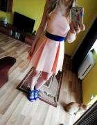Asymetryczna sukienka morelowa XSS