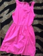 Neonowa sukienka pink HM różowa rozkloszowana dres
