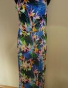 Długa sukienka wzór tropikalny rozcięcie
