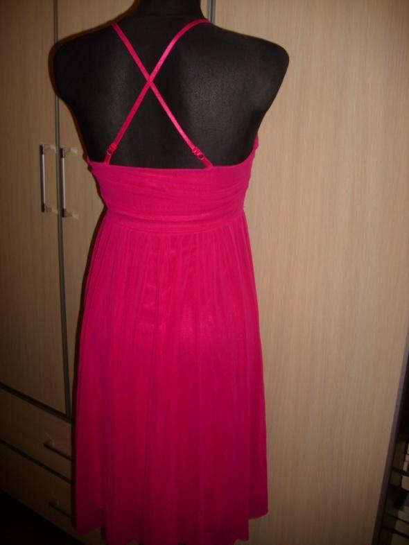 Suknie i sukienki Sukienka z głębokim dekoltem tiul S midi