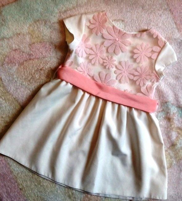 Sukienka dla dziewczynki 104
