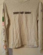 Szara bluza z nadrukiem i napisem