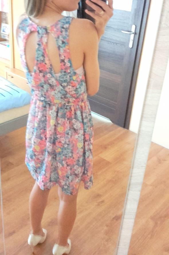 Sukienka Bershka rozm S