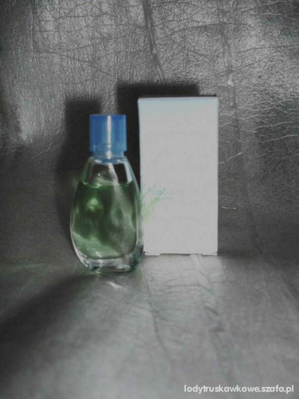 Śliczne firmowe perfumki z Yves Rocher Naturelle