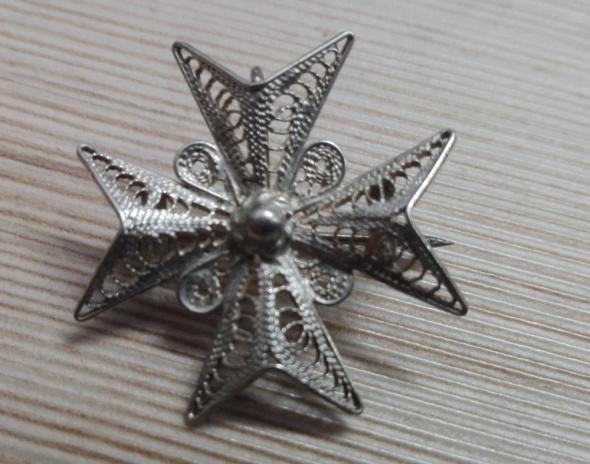 Zawieszki stary srebrny broszko wisior filigran krzyż maltański