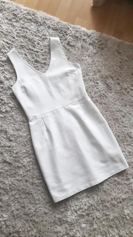 Biała dopasowana sukienka ołówkowa 38 Nowa...