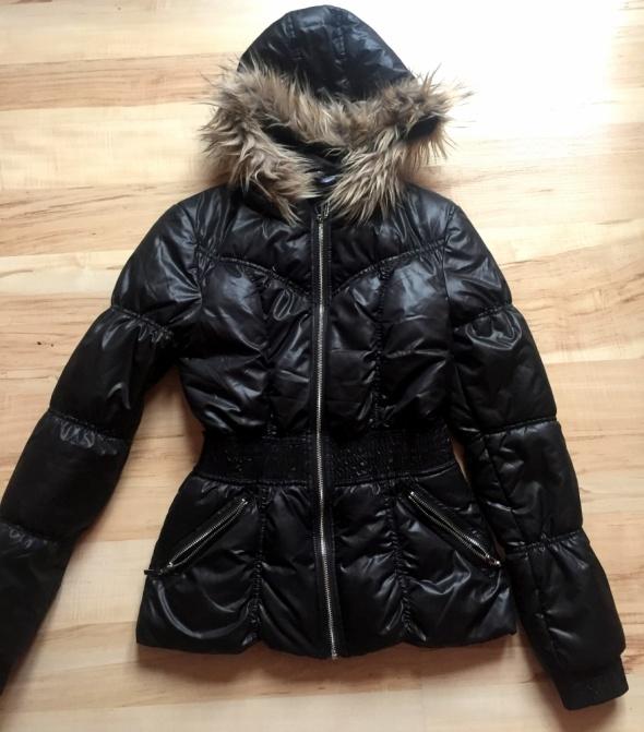 kurtka hm 34 xs jak nowa czarna pikowana