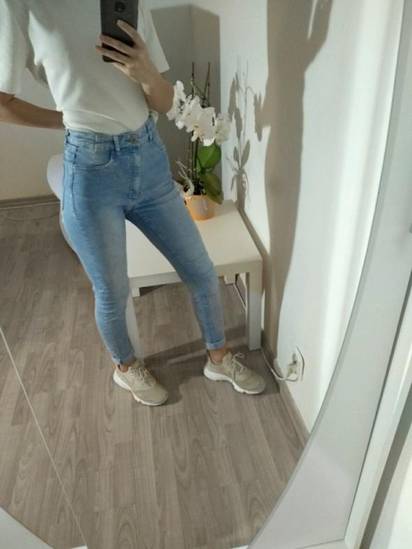 Spodnie jeansowe H&M z wysokim stanem