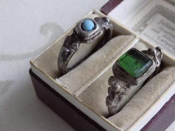 Pierścionki pierścionki 15 i 17 wiek
