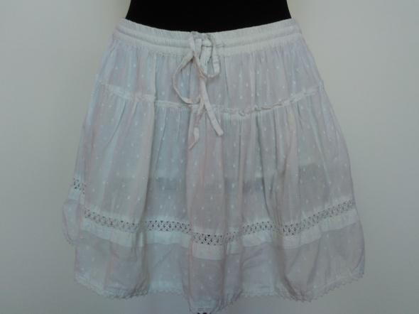 biała mini spódnica z gumką w pasie rozmiar uniwersalny