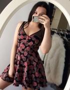 rozkloszowana sukienka w róże S M z siateczką sylwester bal stu...