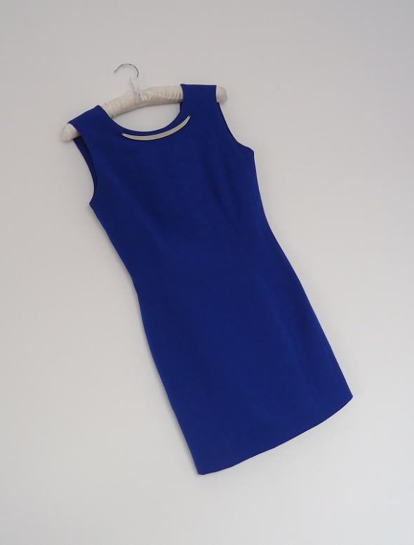 Suknie i sukienki sukienka elegancka Reserved 34 36