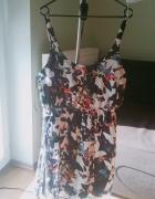 kolorowa kwiatowa sukienka na szelkach...