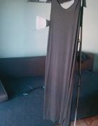 Czarna długa sukienka z Mango...