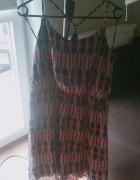 sukienka z wzorem...