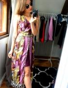 Sukienka wzory bordowa