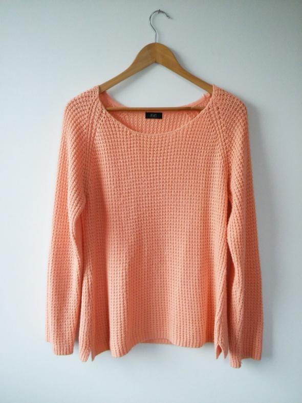 łososiowy sweter z dzianiny 42 XL...