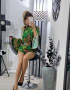 Kombinezon we wzorki zielony elegancki kobiecy outfit