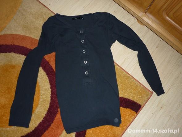 Bluzki czarna M
