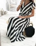Długa maxi sukienka w biało czarne paski