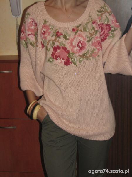 Mój styl sweter w róże i reszta