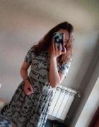 Szara sukienka napisy dresowa TANIO