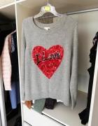 H&M szary sweterek z sercem cekiny...