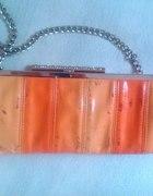pomarańczowa kopertówka