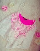 Crop top koronka różowy new look