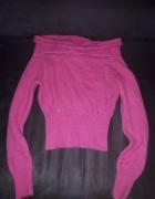 sweter z dekoltem różowy