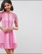 Sukienka z haftem ASOS koronka na wesele rozmiar XS