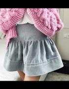 Szara spódnica rozkloszowana wełniana rozmiar S