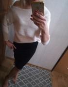 beżowy krotki sweterek S
