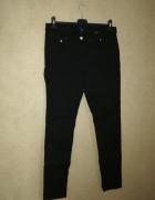 H&M Czarne spodnie rurki 42