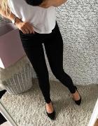 Czarne legginsy wyoski stan tłoczona koronka HIT...