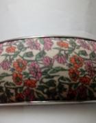 bransoletka w kwiatuszki