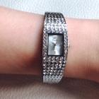 Srebrny elegancki zegarek z cyrkoniami