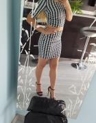 sukienka w pepitkę XS mini czarno biała